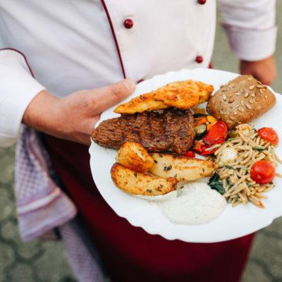 party-service-wasser-grillfleisch-overath-marialinden