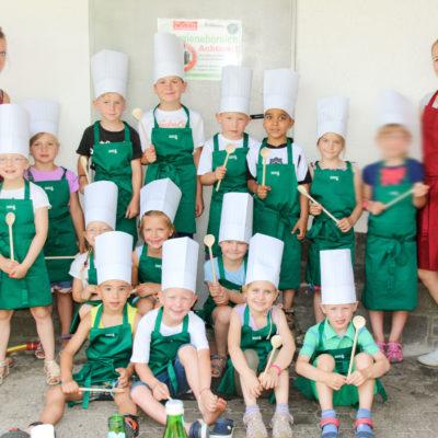 party-service-wasser-kindergarten-kochen-01-webgruppe