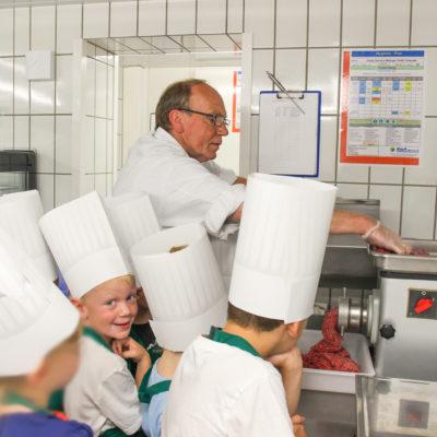 party-service-wasser-kindergarten-kochen-02