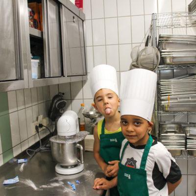 party-service-wasser-kindergarten-kochen-05